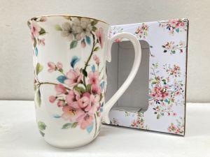Peach Blossom White Mug 405cc  in a BOX